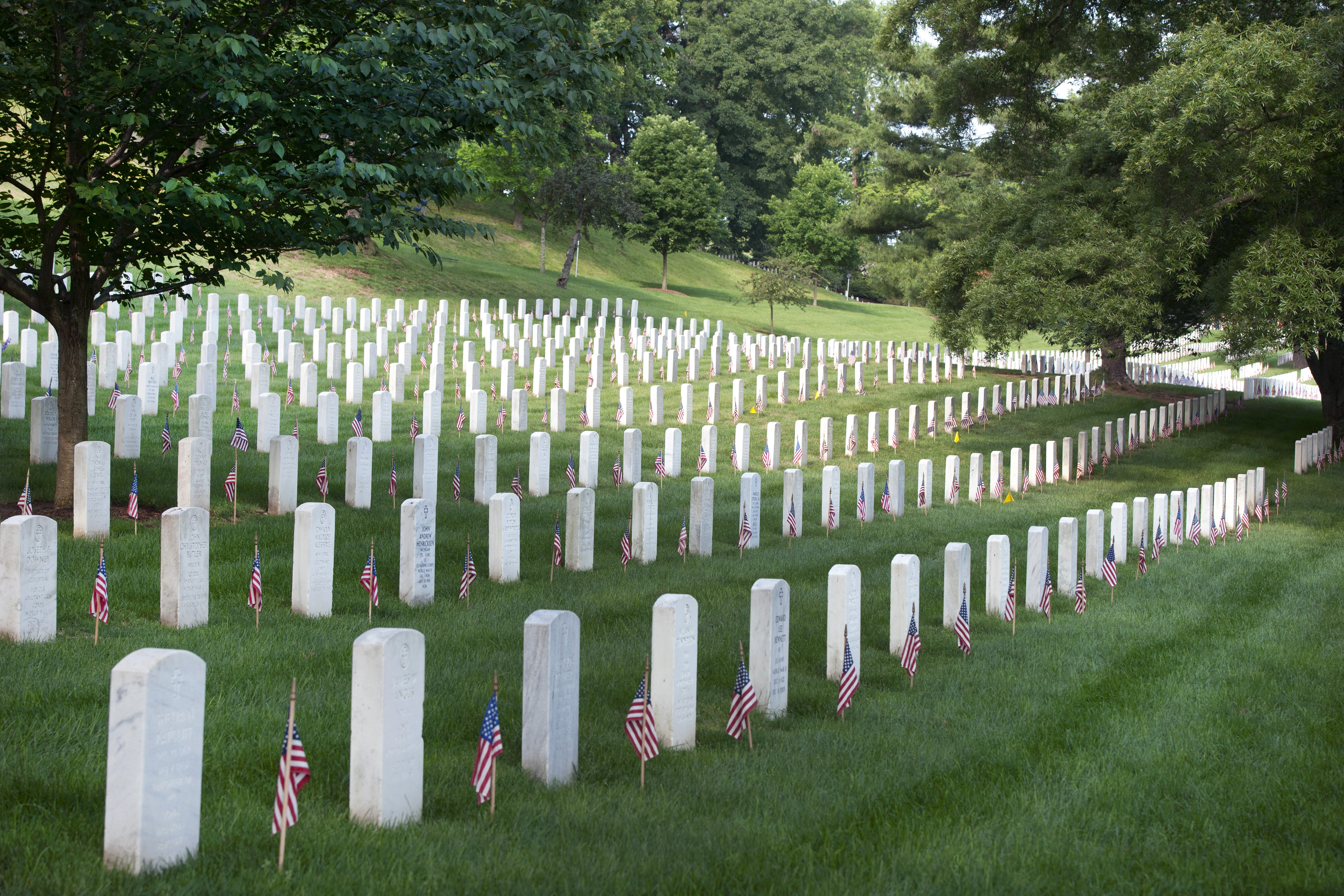 arlington cemetery essay Memorial day essays: you can visit the hills in arlington national cemetery where markers record the names of more than 280,000 men and women.
