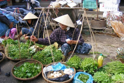 A market in Vietnam. Bread for the World.