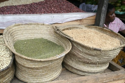 Beans for sale at a market in Dar es Salaam, Tanzania. Racine Tucker-Hamilton for Bread for the World.