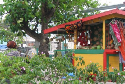 Street vendor in St. Michael, Barbados. Wikimedia Commons.