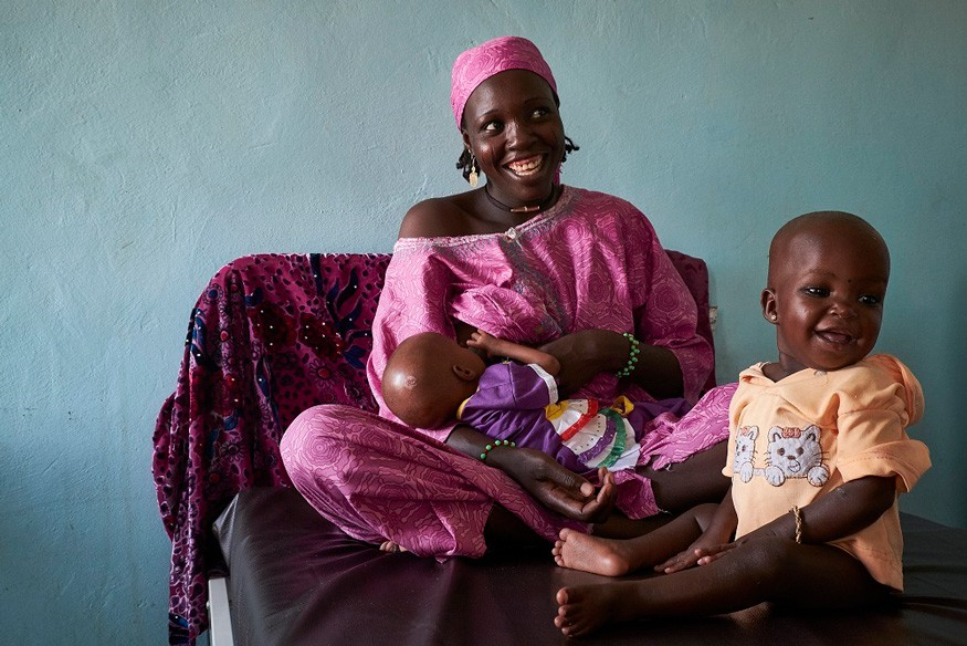 Exclusive breastfeeding provides the best nutrition for babies younger than 6 months. Photo: UNICEF