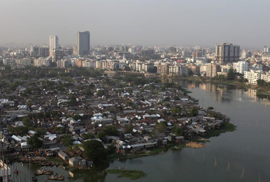 Karail Slum in Dhaka, Bangladesh. Laura Elizabeth Pohl/Bread for the World.
