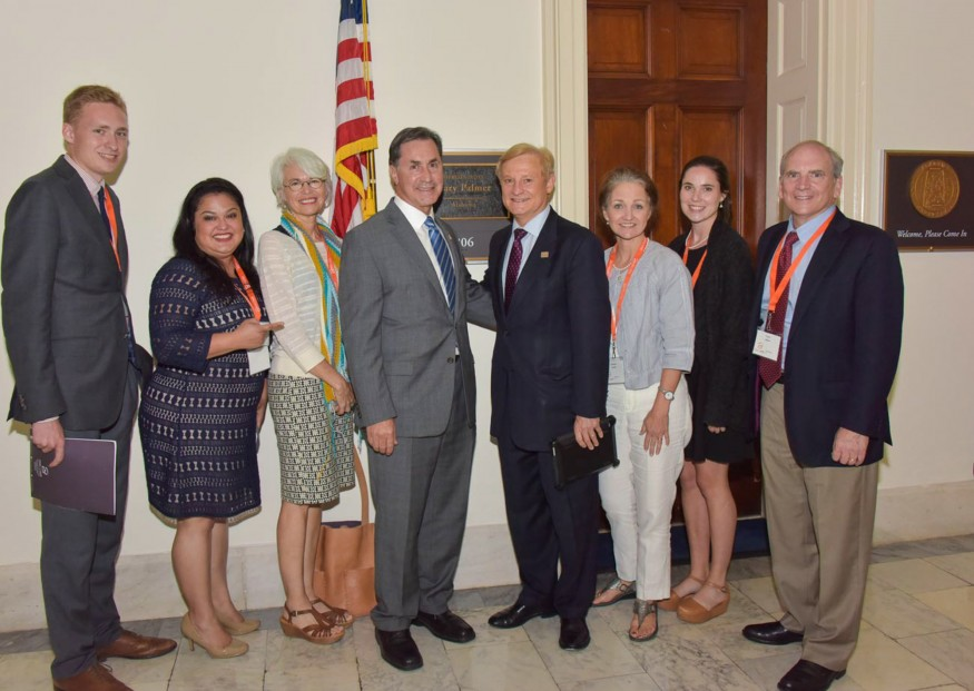 Bread activists from Alabama visit with Rep. Gary Palmer (R-Ala.), fourth from left. Bread for the World photo.