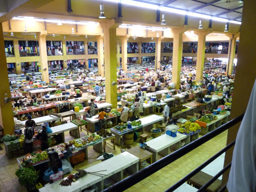 In the capital city, the marketplace serves as a venue for local fishermen and farmers in Sao Tome & Principe. Wikimedia Commons.