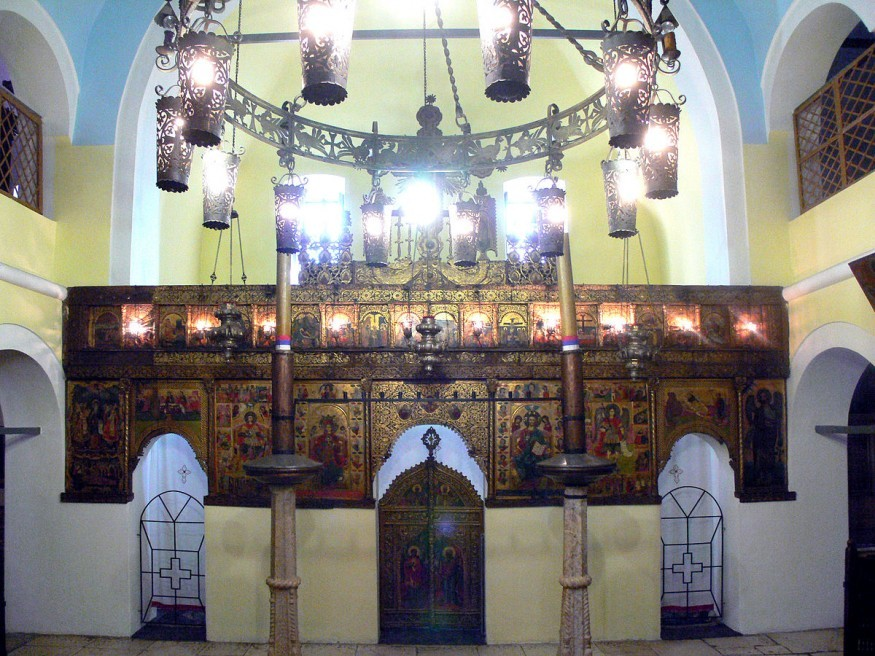 Interior of an old Christian Orthodox church in Sarajevo, the oldest sacred building in the city. Wikimedia Commons.