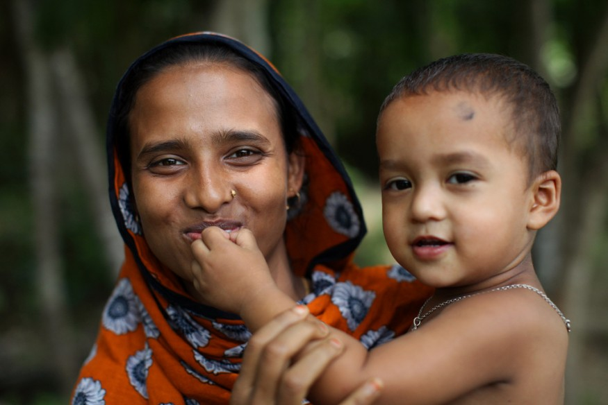 Tammanna Akter and Joy in Barisal, Bangladesh. Photo by Laura Pohl / Bread for the World