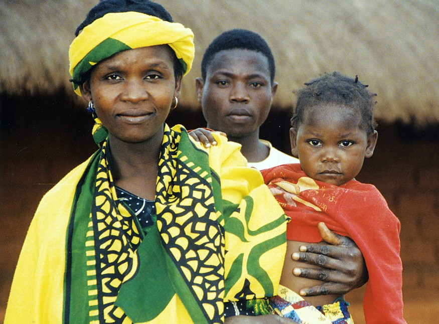 Mother and Daughter in Malawi. Photo: Bread for the World