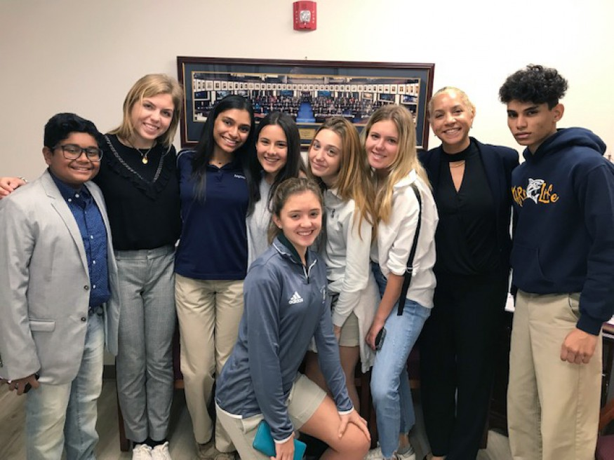 Florence French, Bread regional organizer (second from right) and the students at U.S. Sen. Marco Rubio's Miami office.  Florence French/Bread for the World.