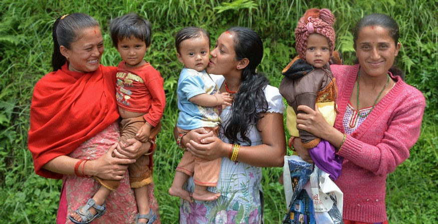 In Nepal, four in 10 children under 5 years old doesn't reach his or her full potential due to stunting. Photo by Valerie Caldas, Suaahara