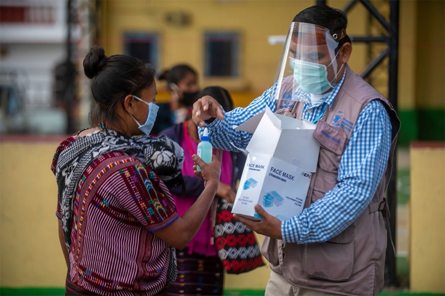In Guatemala, the World Food Programme (WFP) is assisting indigenous communities affected by food insecurity due to the socioeconomic impact of the COVID-19 pandemic. WFP/Carlos Alonzo